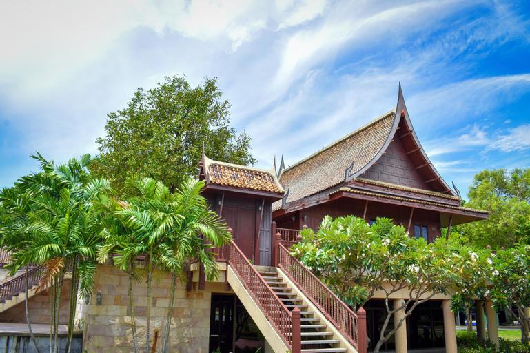 Ayutthaya service room, Bang Pa-In