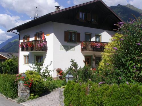 Haus Auer, Bolzano