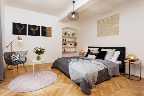 Old town square premium apartments, Praha 1
