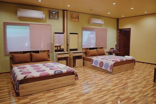Ruanmai Style Resort 2, Muang Uthai Thani