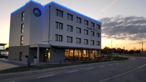 motel isar | 24h/7 checkin, Dingolfing-Landau