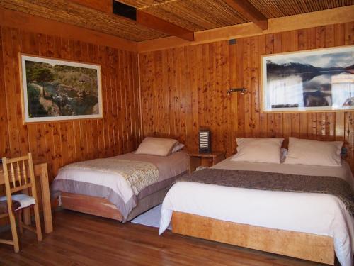 Hotel Ultimo Paraiso, Capitán Prat