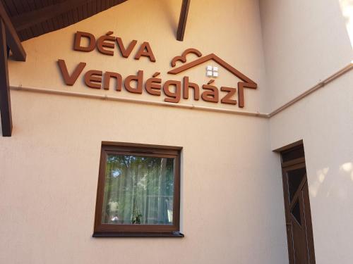 Deva Vendeghaz, Szeghalmi