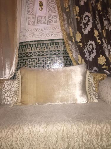 riad sahar fes, Zouagha-Moulay Yacoub