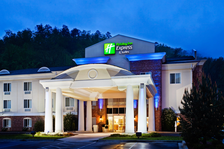 Holiday Inn Express and Suites Cherokee Casino, Jackson