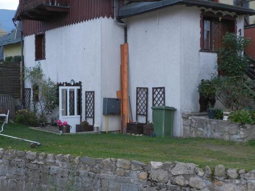 Domek u Wioli, Jelenia Góra