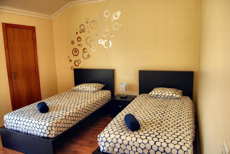 33 Hostel, Peniche