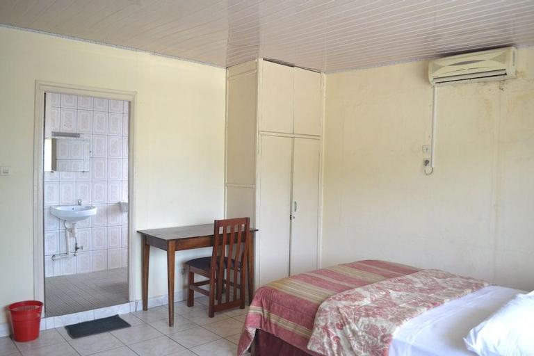 Victoria Guest House Hotel, Fako