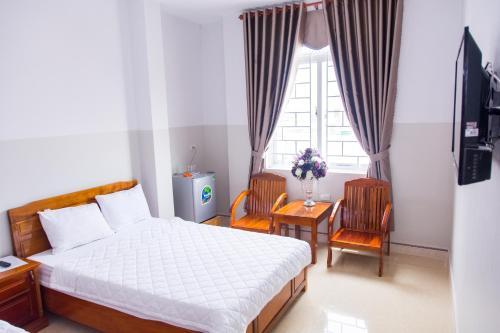 Hoang Thinh Hotel, Kon Tum
