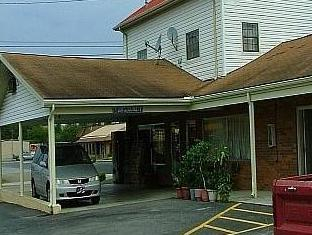 Parkway Inn - Newport, Cocke
