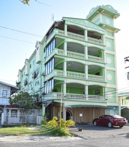 Regency Suites Hotel, City of Georgetown