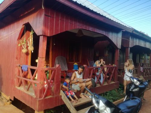 Bee Bee's Chalets, Ban Lung