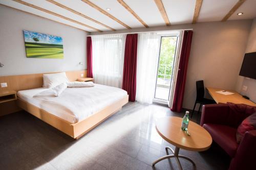 Hotel Restaurant Neuhaus, Baden