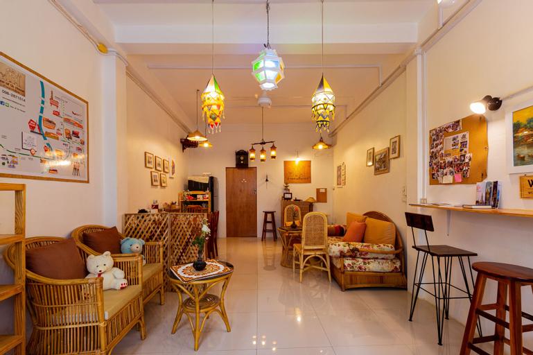 One of Us House - Hostel, Thon Buri