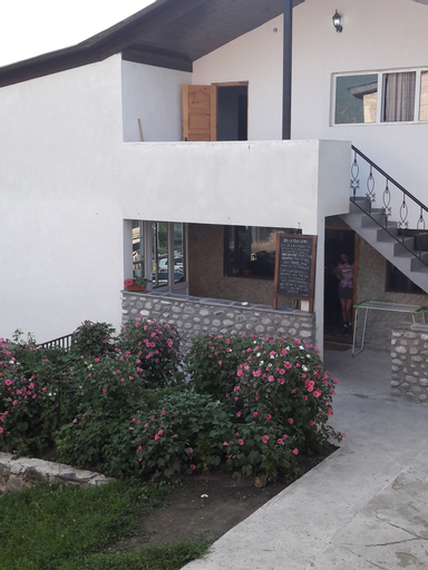 Manoni's Guesthouse, Mestia