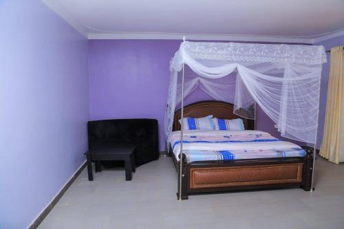 Dawson Hotel Kamuli, Bugabula
