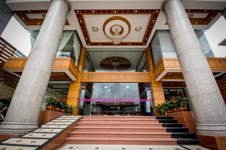 Mountain Star Hotel, Taunggye