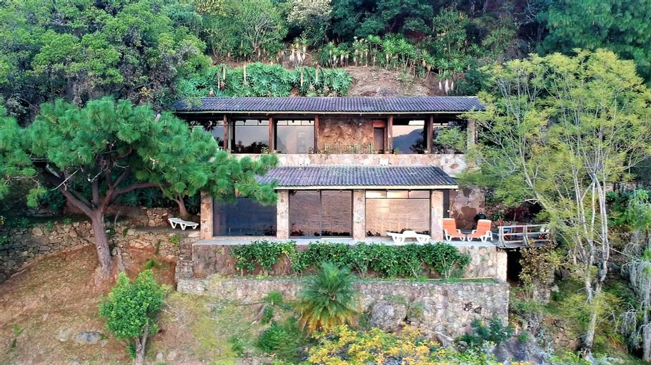 Lake Atitlan House AT018, San Antonio Palopó