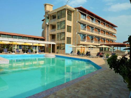 Hôtel Petit Bateau, Conakry