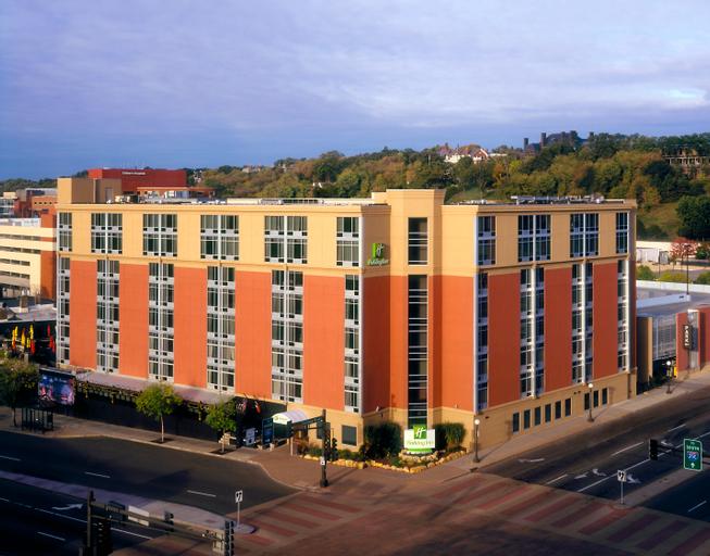 Holiday Inn St. Paul Downtown, Ramsey