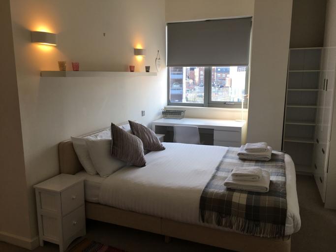 Week2Week Modern 2 Bedroom Apartment City Centre, Newcastle upon Tyne