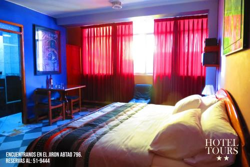 Hotel Tours, Huenuco