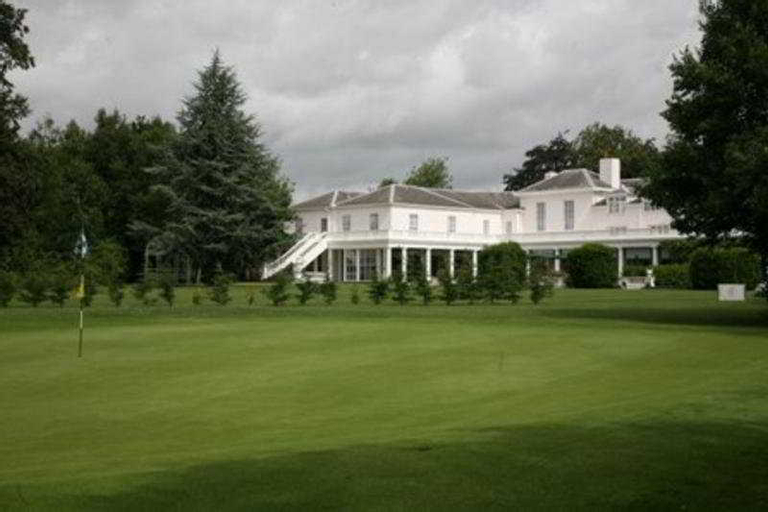 Manor of Groves, Hertfordshire