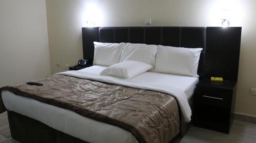 Forever Hotel & Suites, Owerri Municipal