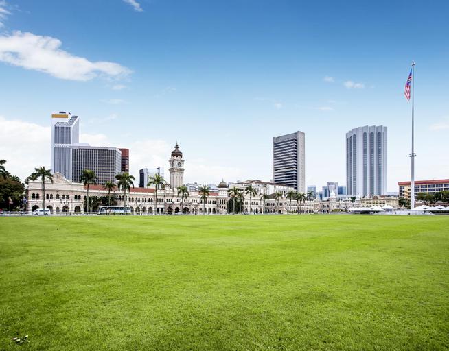 Zenia Parkhomes, Kuala Lumpur