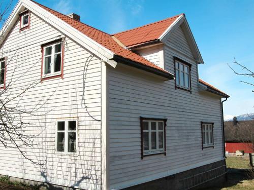 Two-Bedroom Holiday home in Løkken 19, Vik