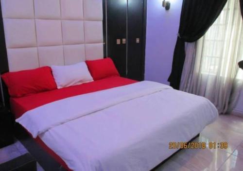 11:45 Hotel & Suites, Owerri Municipal