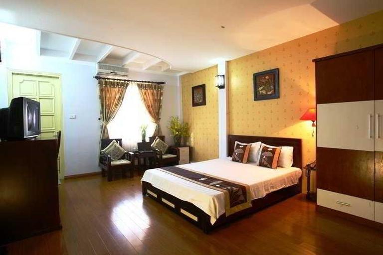 Hanoi Century, Hoàn Kiếm