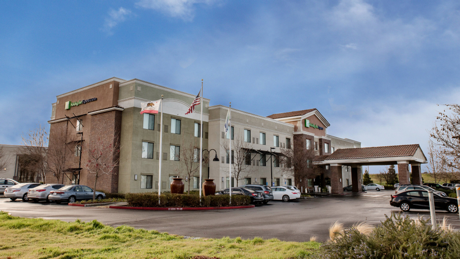 Holiday Inn Express Hotel & Suites Lincoln-Roseville Area, Placer