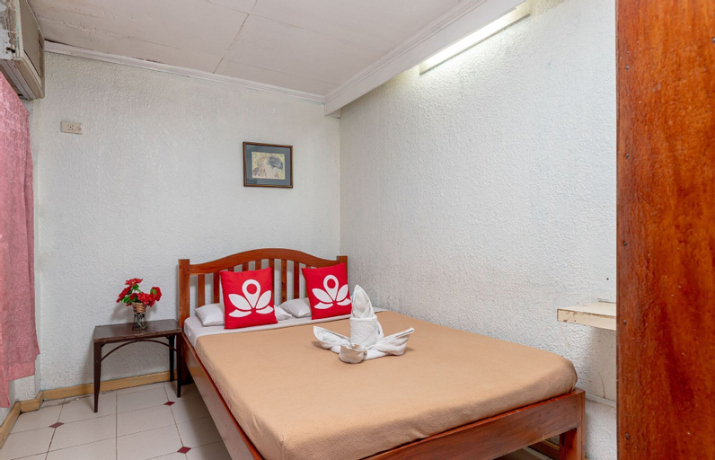 ZEN Rooms Basic Mercenary Inn, Bacolod City