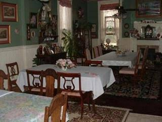 Lighthouse Bed and Breakfast, McLennan
