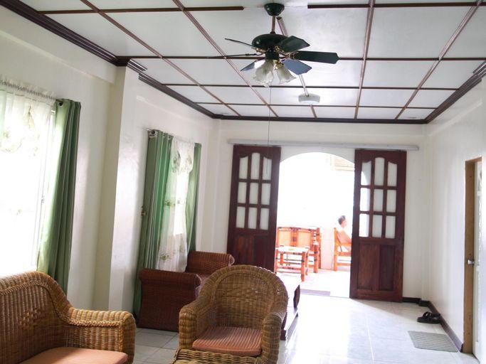 Alamo Bay Inn, Malay
