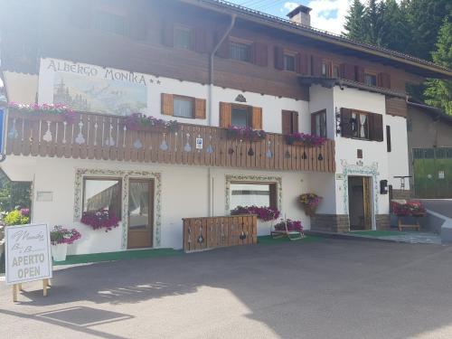 Garni Monika, Trento