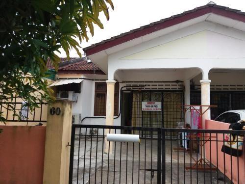 Berkat Homestay Senawang, Seremban