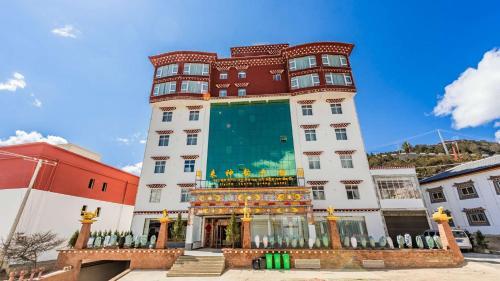 Flying Charm Grang Hotel, Dêqên Tibetan