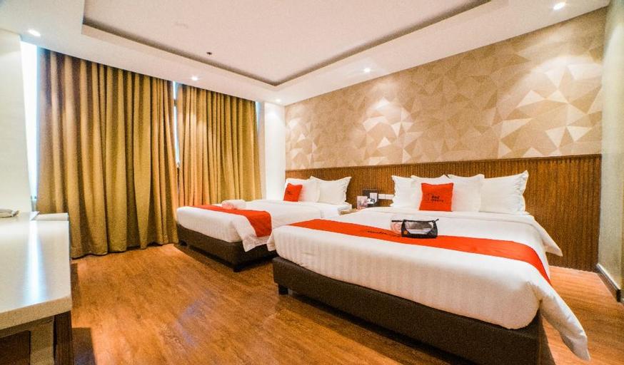 RedDoorz Premium @ South Triangle Quezon City, Quezon City