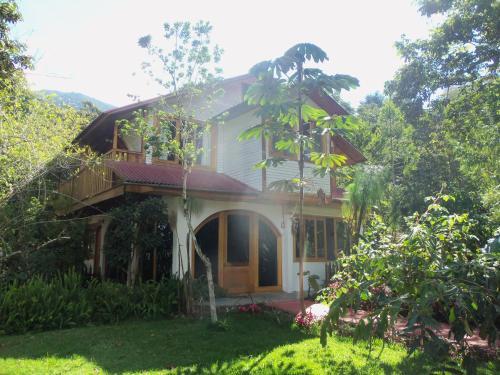 Refugio de Orquideas, Oxapampa