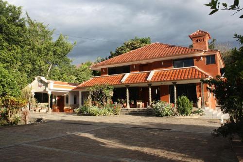 Garden House, Loja