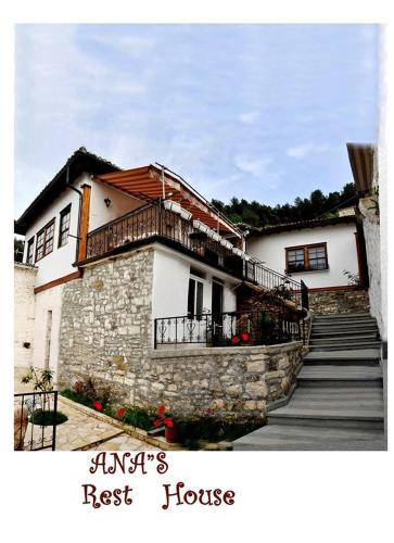 Ana's Rest House, Beratit