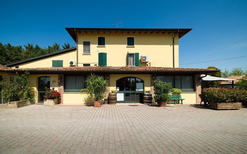 Rifugio San Lorenzo, Mantua