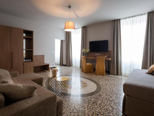 HNN Luxury Suites, Genova