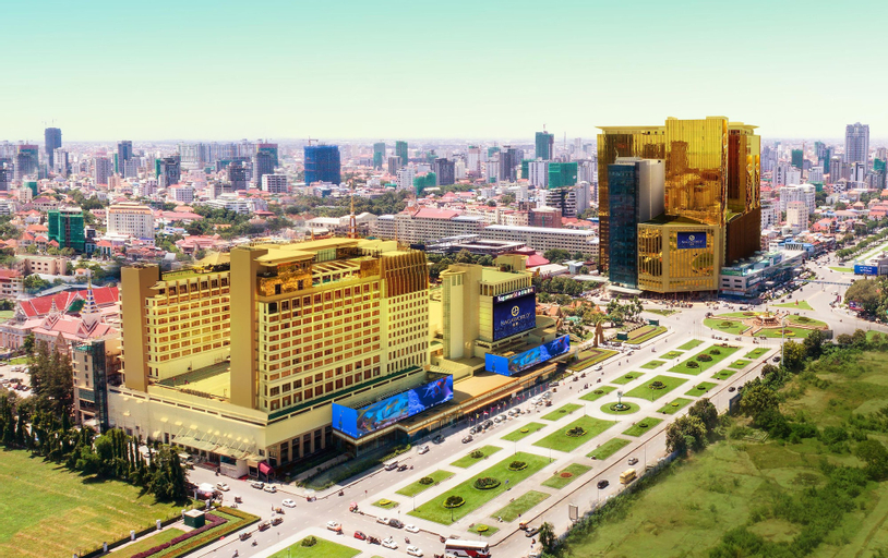 NagaWorld Hotel & Entertainment Complex, Mean Chey