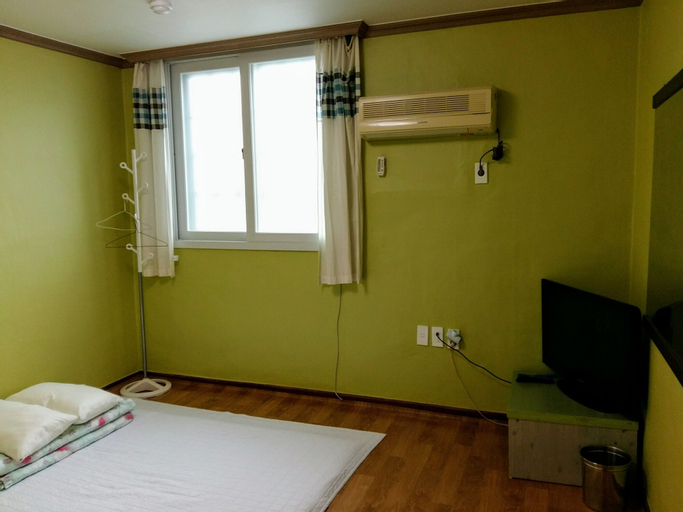 Happy Tour Guesthouse - Hostel, Suncheon