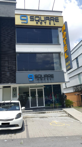 9 SQUARE HOTEL SRI KEMBANGAN, Kuala Lumpur