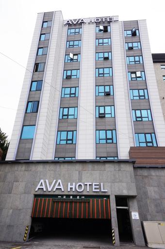 Ava Hotel, Seo