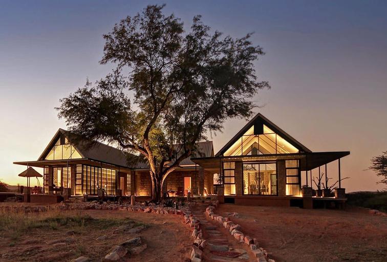 Otjimbondona Kalahari, Windhoek Rural